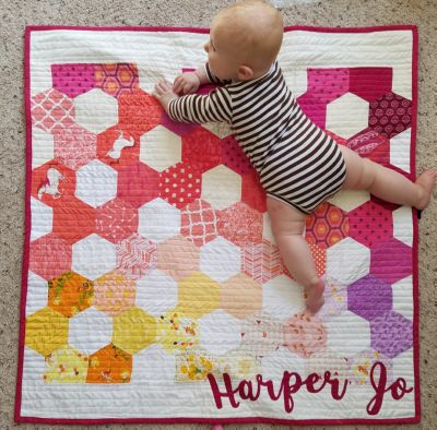 Hand Piecing Hexagons